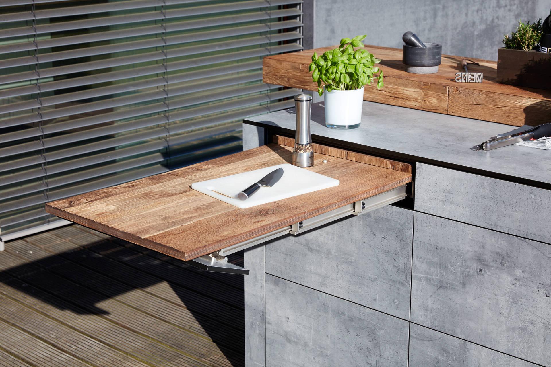 BBQtion Luxus Outdoorküchen   Individuelle Wand- und Inselküchen